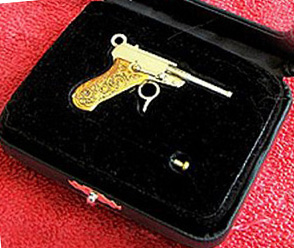 Miniature guns that shoot: tiny Luger